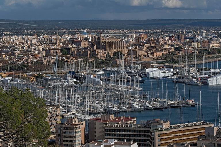 ES_171202 Espanja_0099 Palma de Mallorcan panoraamaa vanhaankaup