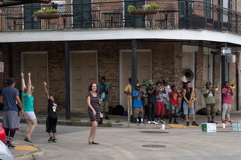 US_170627 Yhdysvallat_0228 Katusoittoa ja tanssia New Orleansin