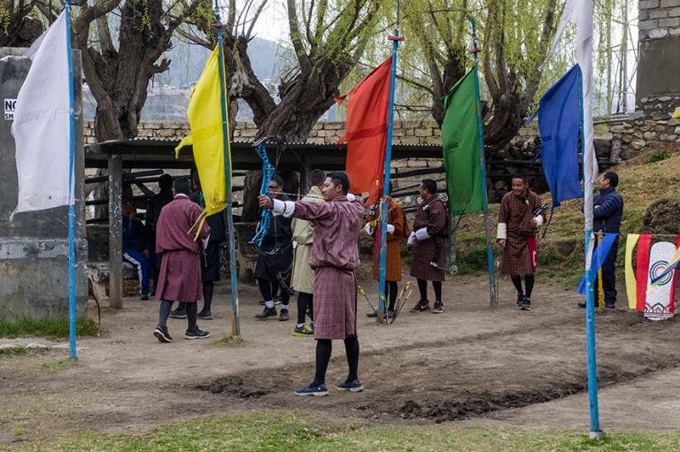 BT_180317 Bhutan_0385 Jousiammuntakilpailu Parossa