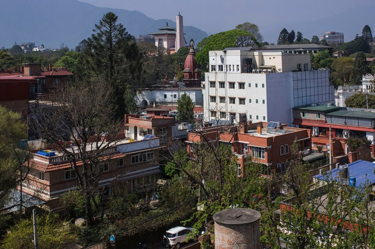 NP_180314 Nepal_0028 Kathmandun panoraamaa hotellihuoneesta enti