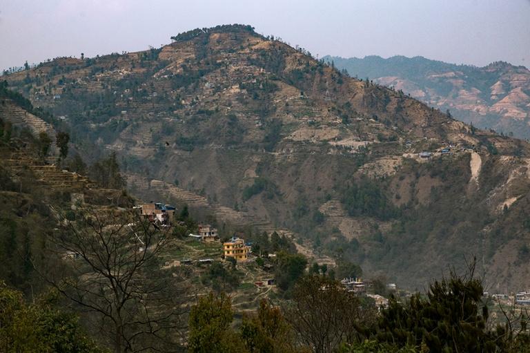 NP_180315 Nepal_0474 Himalajan maisemaa Dhulikhelin kylästä