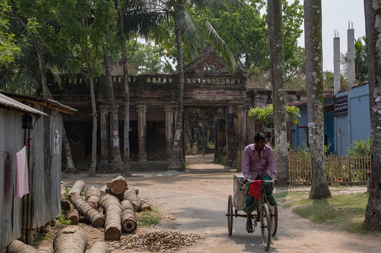 BD_180321 Bangladesh_0390 Puthian kylä Rajshahin alueella