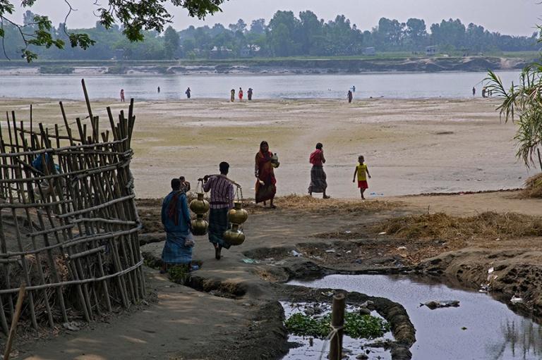 BD_180324 Bangladesh_0400 Romanikylä Padmajoen rannalla Dhakan