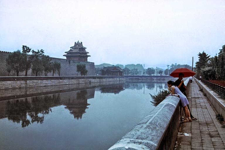 CN491013 Kiina Pekingin Kielletyn kaupungin Tongzi-joki 2002