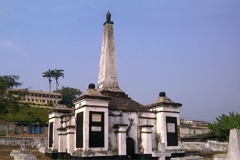 GH_190106 Ghana_0283.1 Elminan höllantilainen hautausmaa_WP_201