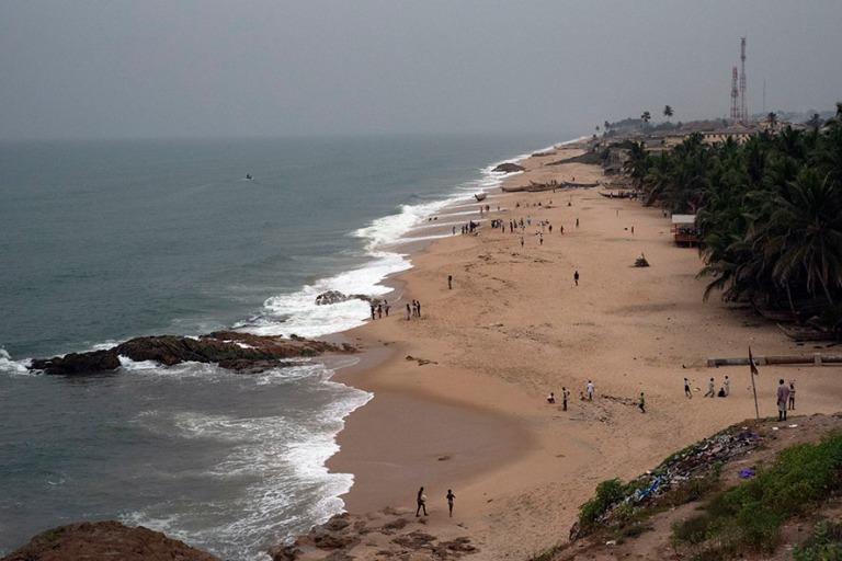 GH_190107 Ghana_0598 Cape Coastin rantaa Centralin hallintoaluee
