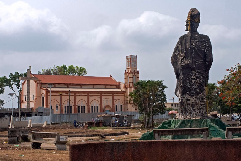 BJ_190111 Benin_0188 Porto-Novon katedraali ja Tofa Ensimmäisen