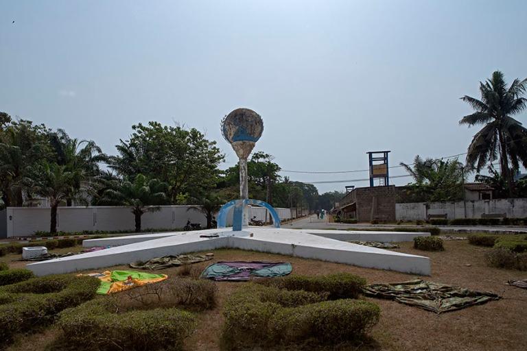 TG_190109 Togo_0200 Lomén Yhdistyneiden kansakuntien aukio
