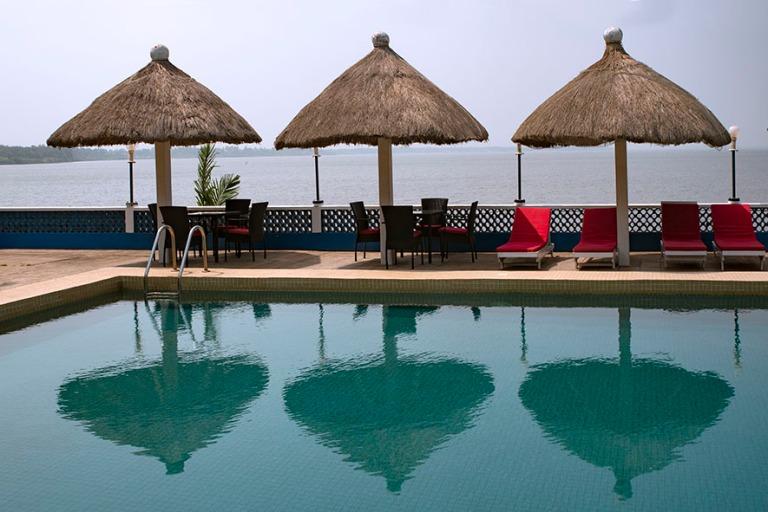 TG_190109 Togo_0280 Hotel Le Lac Le Parad Togojärven rannalla A