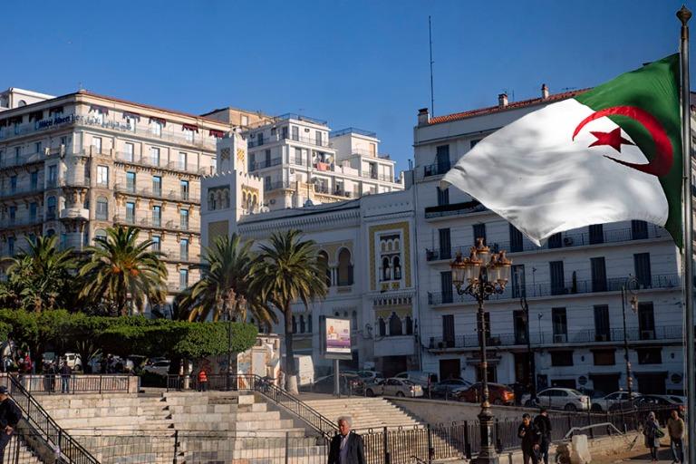 DZ_190312 Algeria_0021 Algerin Rue Didouche Mourad