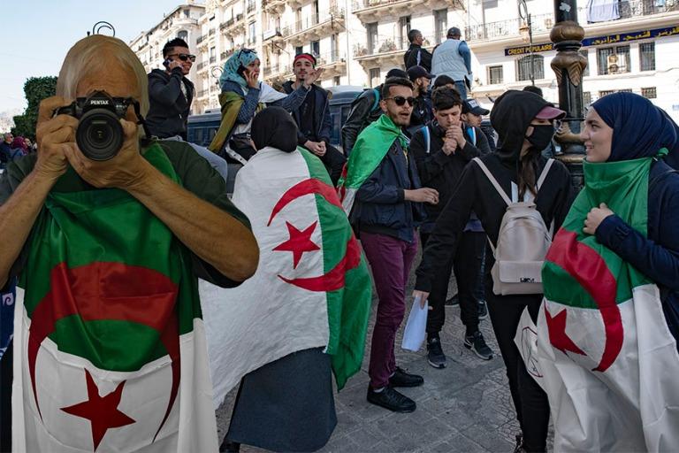 DZ_190312 Algeria_0297 Nuorison mielenosoitus Alger´n Place de