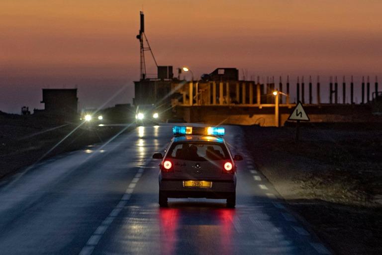 DZ_190314 Algeria_573 Poliisisaattueen johtoauto M´Silan provin