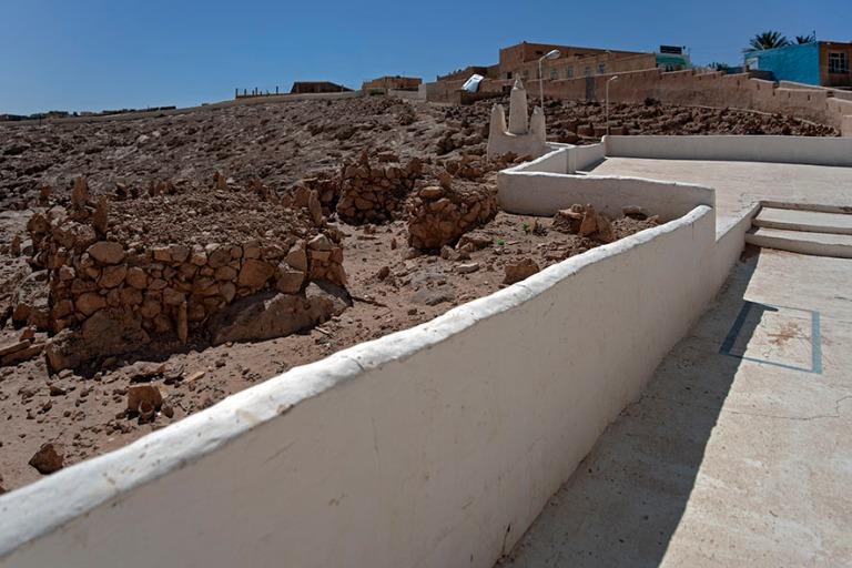 DZ_190316 Algeria_0343 El Atteufin hautausmaa M'zabin laaksoss