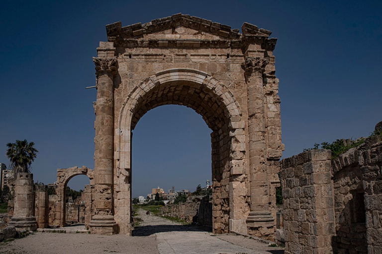 LB_190504 Libanon_0088 Tyyroksen Al-Bassin riemukaari