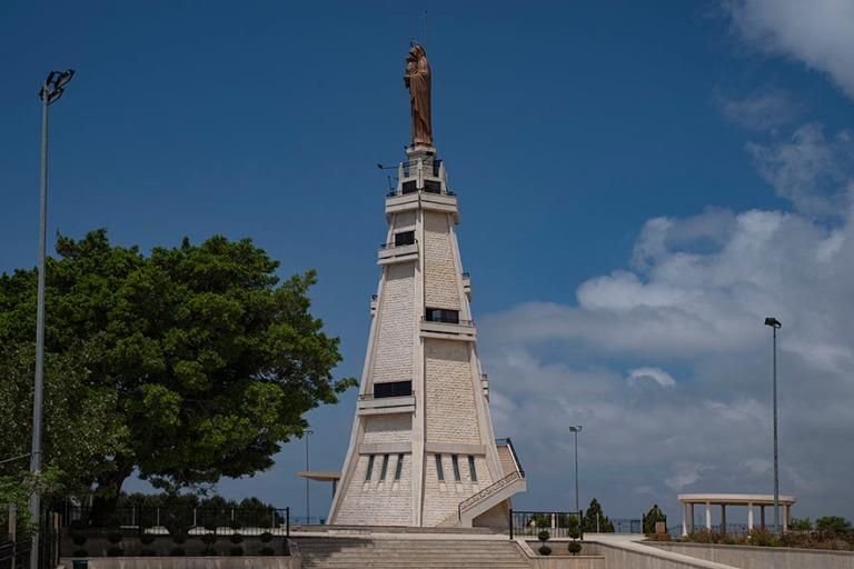 LB_190504 Libanon_0342 Maghdouchen Mantaran madonnan torni ja pa