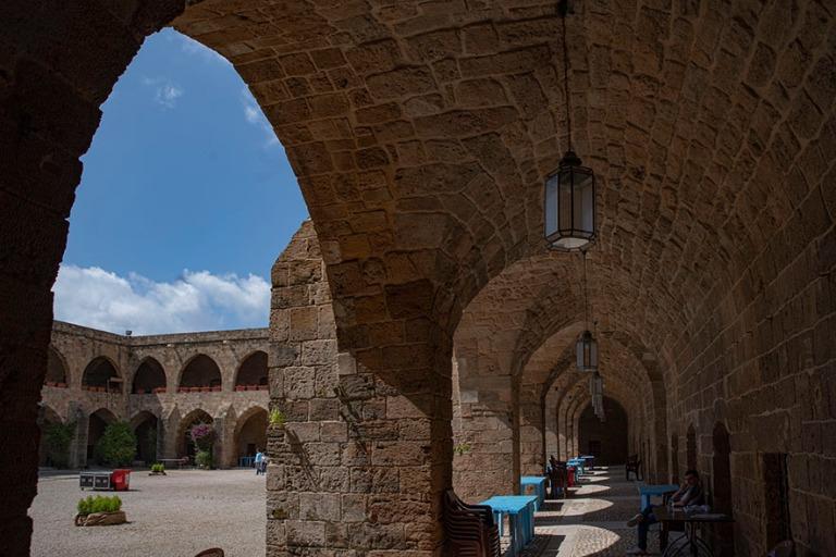LB_190504 Libanon_0460 Sidonin vanhan kaupungin Khan Al Franjin