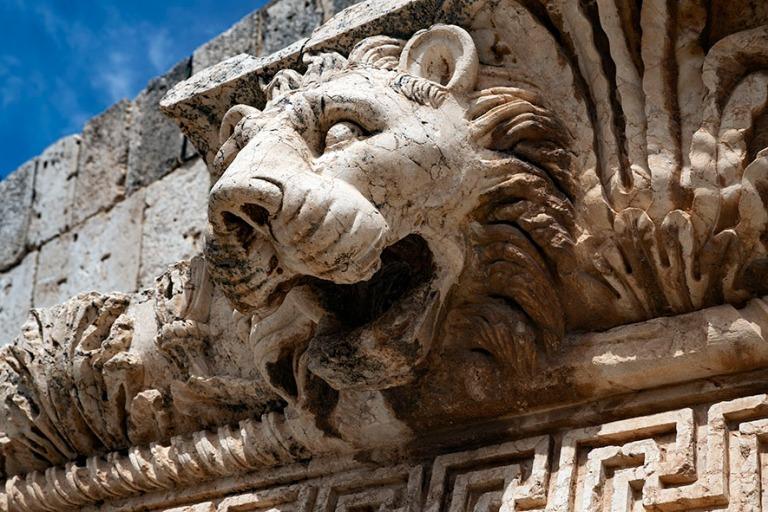 LB_190506 Libanon_0257 Baalbekin Jupitern temppelin leijonanpä