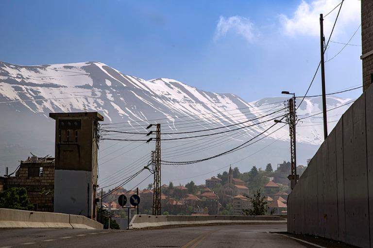 LB_190507 Libanon_0049 Hasroun Libanoninvuorilla
