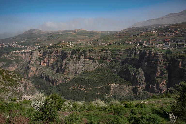 LB_190507 Libanon_0077 Qadishan laakso Bcharréssa Libanoninvuor