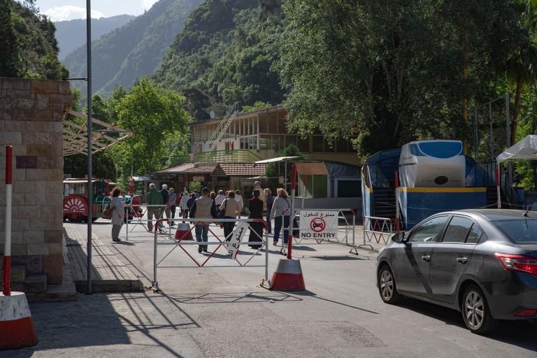LB_190508 Libanon_0019 Jeita Grotton portti Keski-Libanonissa