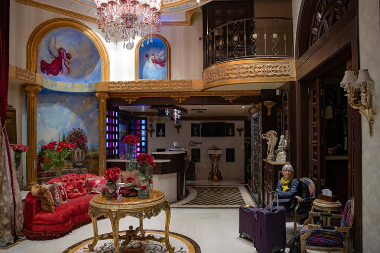LB_190510 Libanon_0005 Beirutin Q-hotellin aula