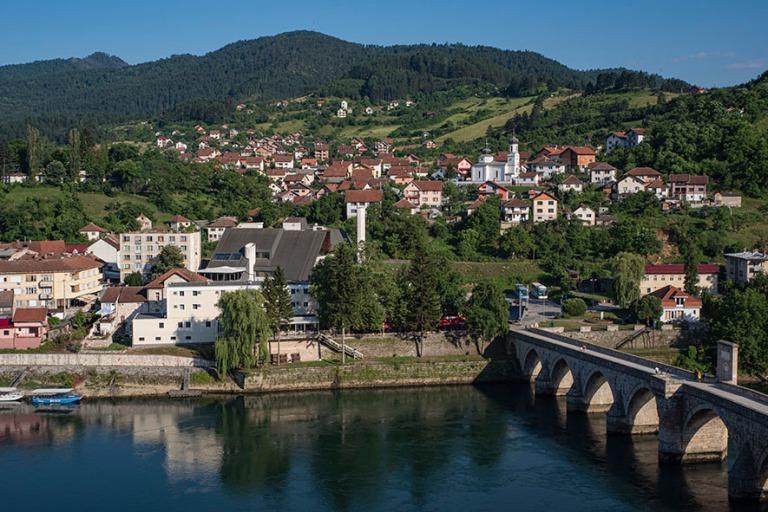 BA_190627 Bosnia-Hertsegovina_0140 Višegradi Drina-joen varrell