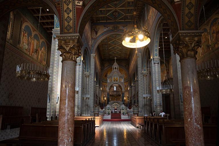HU_190625 Unkari_0146 Pécsin Pietarin ja Paavalin katedraali si