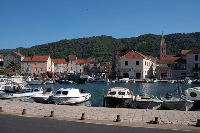 HR_190629 Kroatia_0148 Stari Gradin keskustaa Hvarin saarella