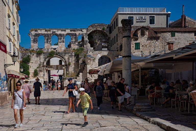 HR_190630 Kroatia_0185 Splitin Diocletianoksen palatsin itäinen