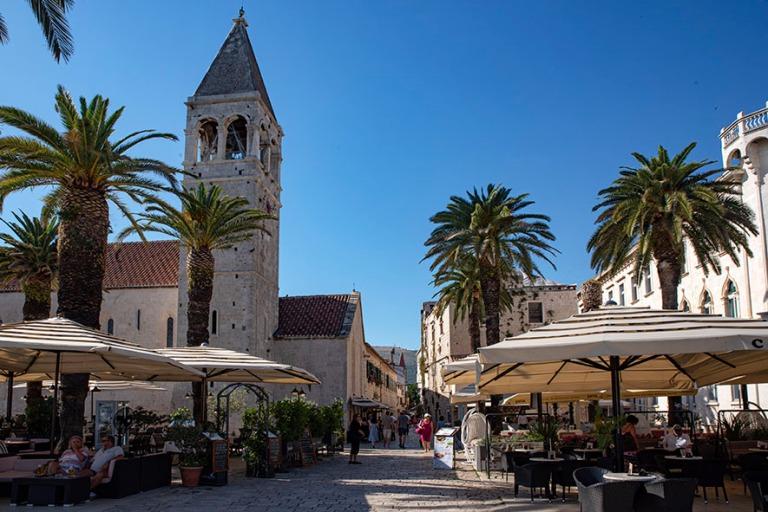 HR_190630 Kroatia_0272 Trogirin vanhaa kaupunkia Dalmatiassa