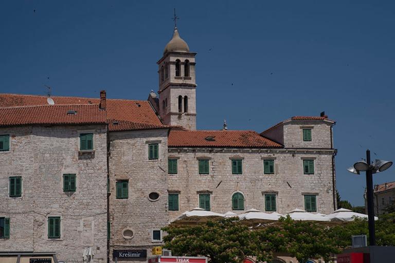 HR_190701 Kroatia_0126 Šibenikin Pyhän Fransiskuksen luostari