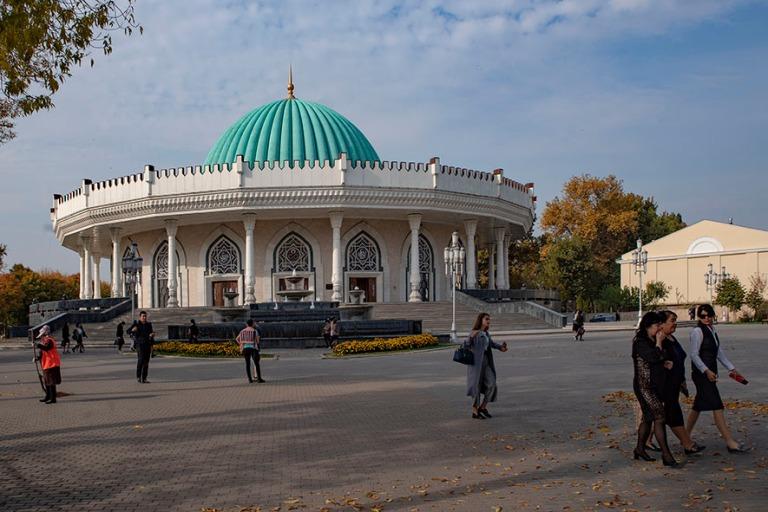 UZ_191031 Uzbekistan_0093 Taškentin Amir Temur-museo