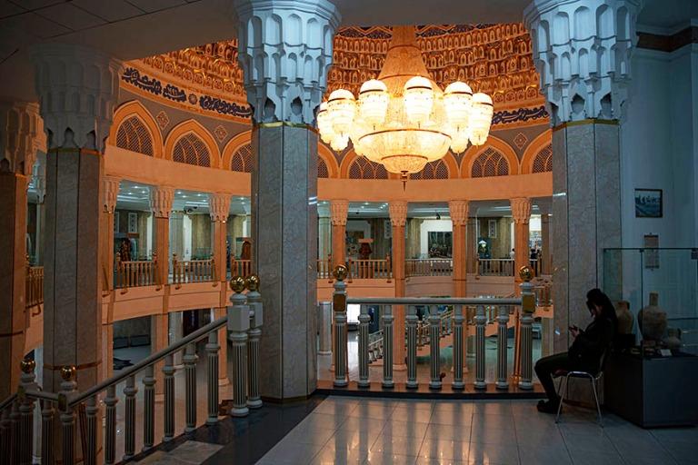 UZ_191031 Uzbekistan_0141 Taškentin Amir Temur-museo