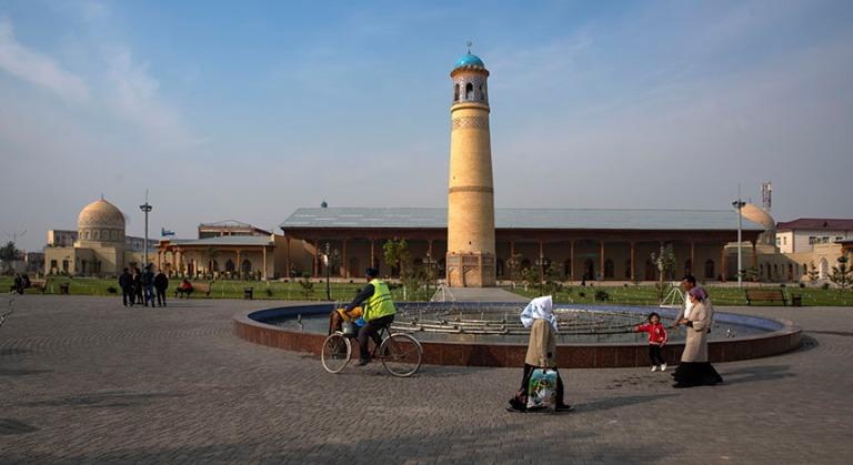 UZ_191101 Uzbekistan_0035 Andižanin Juma-madrasan ja -moskeijan