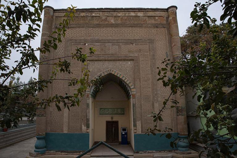 UZ_191102 Uzbekistan_0207 Namanganin Khodjamni Kabrin mausoleumi
