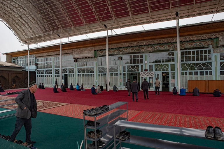 UZ_191102 Uzbekistan_0210 Namanganin Khodja Aminin moskeija Ferg
