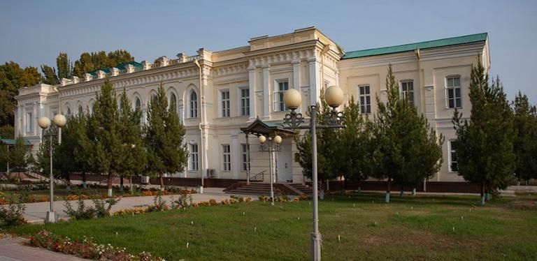 UZ_191103 Uzbekistan_0024 Ferganan entinen kenraalikuvernöörin