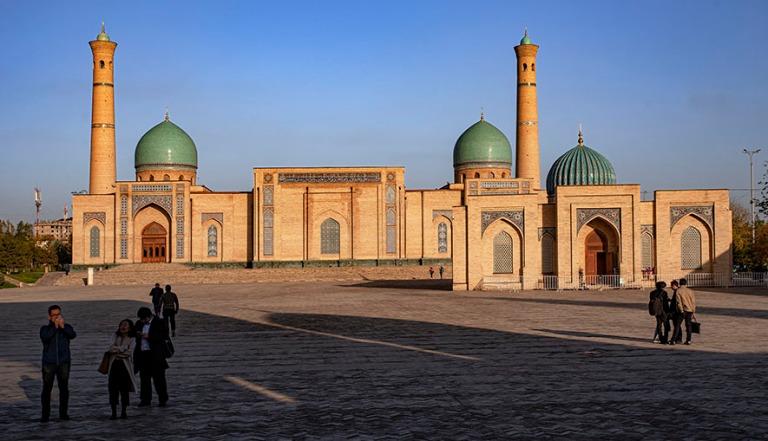 UZ_191106 Uzbekistan_0243 Taškentin Islamilaisen keskuksen Hazrati Imamin moskeija ja kirjastomuseo
