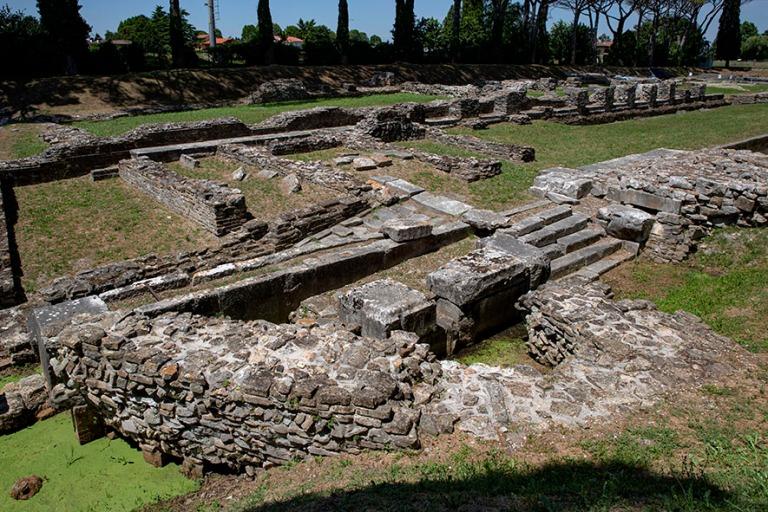 IT_190704 Italia_0070 Aquileian arkeologinen alue Friuli-Venezia