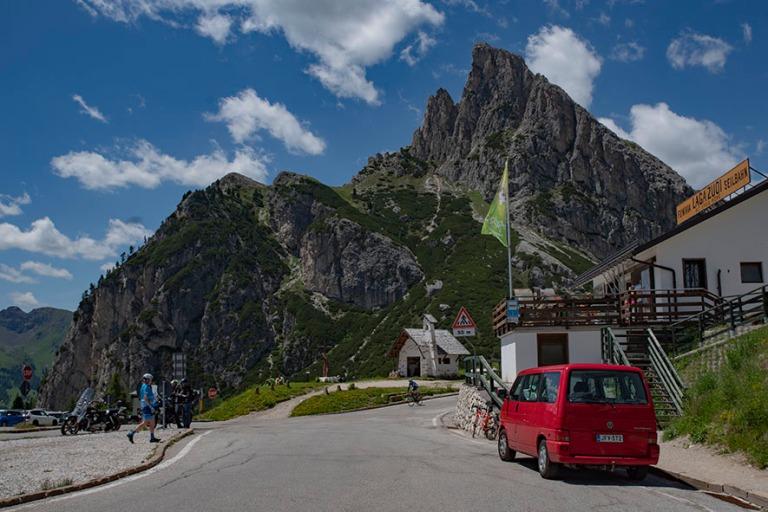 IT_190705 Italia_0055 Dolomiittien Passo Falzarego Veneton Bellu