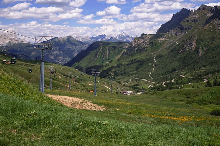 IT_190705 Italia_0142 Dolomiittien Passo Pordoi Veneton ja Trent