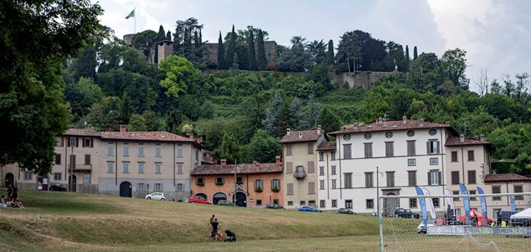 IT_190706 Italia_0207 Bergamon Parco Della Fara ja Cittadella Lo