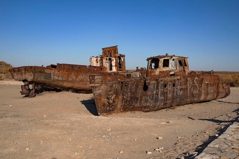 UZ_191105 Uzbekistan_0396 Mojnaqin laivojen hautausmaa Karakalpa