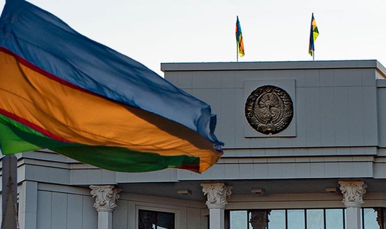 UZ_191106 Uzbekistan_0001 Karakalpakstanin tasavallan rakennus N