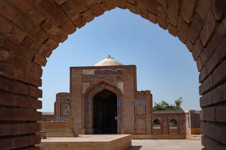 PK_200124 Pakistan_0207 Thattan Maklin nekropoli_MirzaBaqi Uzbek