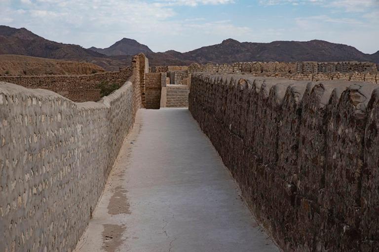 PK_200125 Pakistan_0119 RaniKotin linnoituksen Miri Kot Sindhin