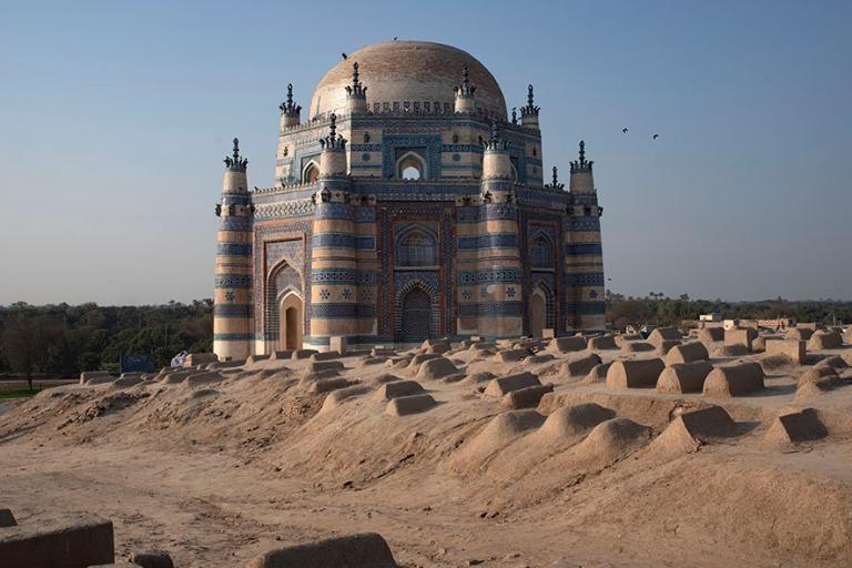 PK_200126 Pakistan_0324 Bibi Jawindin mausoleumi Uch Sharifissa