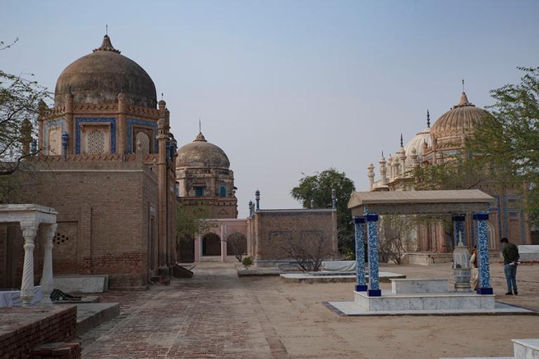 PK_200127 Pakistan_0139 Abbasin kuninkaallinen hautausmaa Derawa