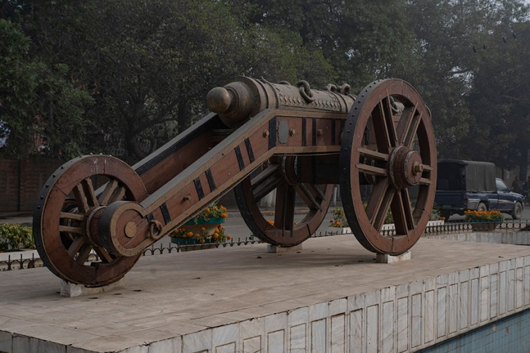 PK_200130 Pakistan_0117 Lahoren Kim's Gun ( Zamzama) Punjabissa