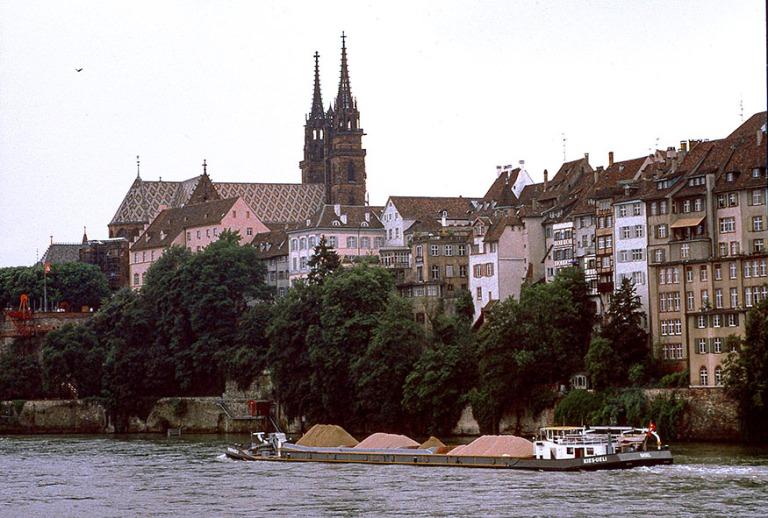 CH111830 Sveitsi Basel Reinin varrella 1992